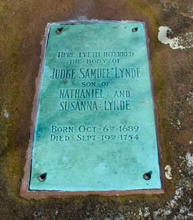 Plaque on Samuel Lynde's Tablet